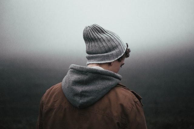 depresja młodzieńcza, nastolatki, smutek, dojrzewanie, kryzys